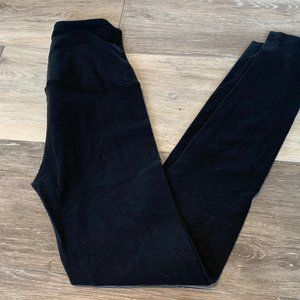 BEYOND YOGA FLEXIBLE BLACK LEGGINGS SZ XS